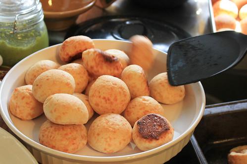 The pão de queijo (Brazilian cheese bread) is ready