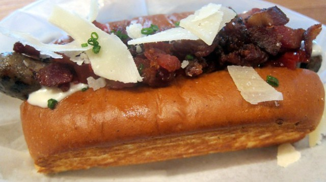 kenturkey hot dog at hd 1