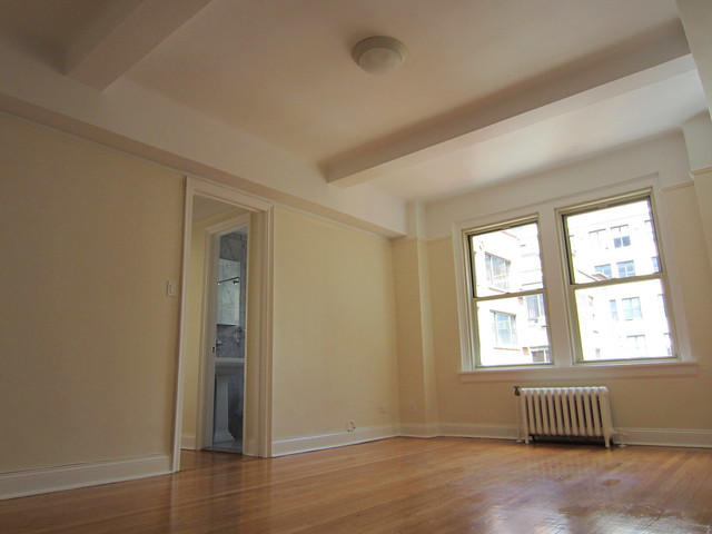 NYC Apartment Agent: A one-bedroom in Greenwich Village