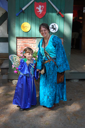 Katrina and Mommy at the Faire