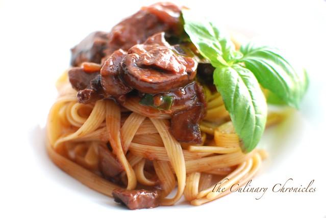 Mushroom Ragoût with Fettuccine Rigate