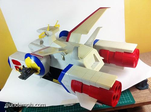 1 400 Gundam White Base Pre Owned (3)