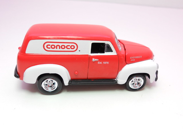 johnny lightning 1950 chevy panel delivery conoco (2)