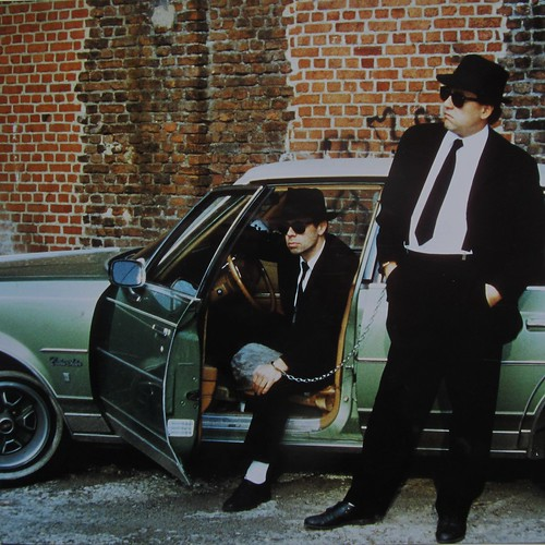 2-blues-brothers
