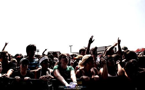 Warped Crowd by neostarstudios
