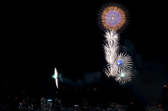 110806_fireworks21