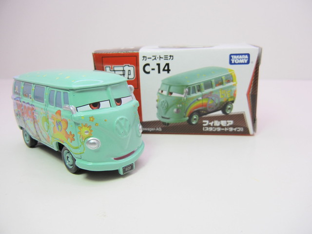 disney cars tomica c-14 fillmore (2)