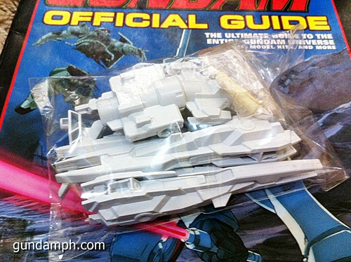 GN Sefer Animerica Gundam Official Guide MSV Collection (2)