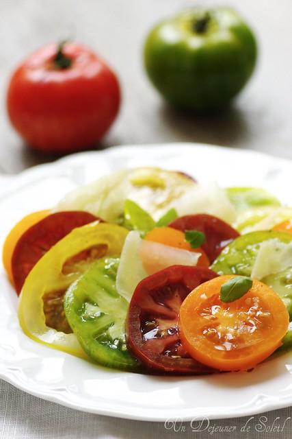 Heirloom tomatoes salad