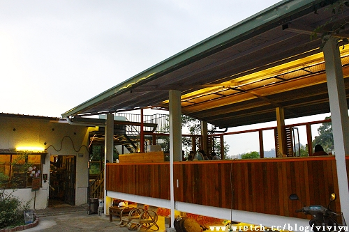 [美食.台南]岩頂咖啡~重新打造用餐環境更舒適 @VIVIYU小世界