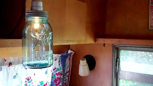 Canning jar light