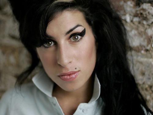 ประชาไทบันเทิง Amy Winehouse : Stronger Than Me