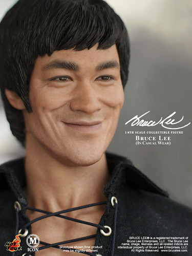 Bruce Lee in Casual Wear | Hot Toys