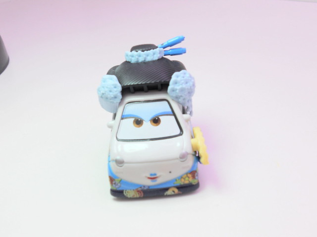 disney cars 2 tokyo spy mix up toys r us exclusive 10 pack (4)