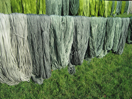 solid dyeing blue-green-purple_1485.JPG