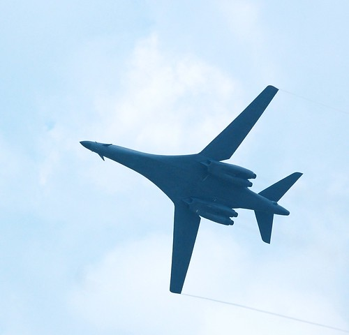 B-1, Wings Out
