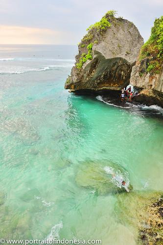 Blue Point, Bali, Indonesia  by ftansari