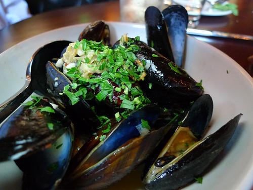 Black Market Mussels Fennel