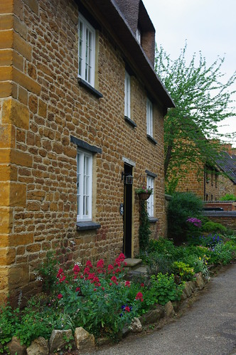 20110529-47_Cottage - Ashby St Ledgers by gary.hadden