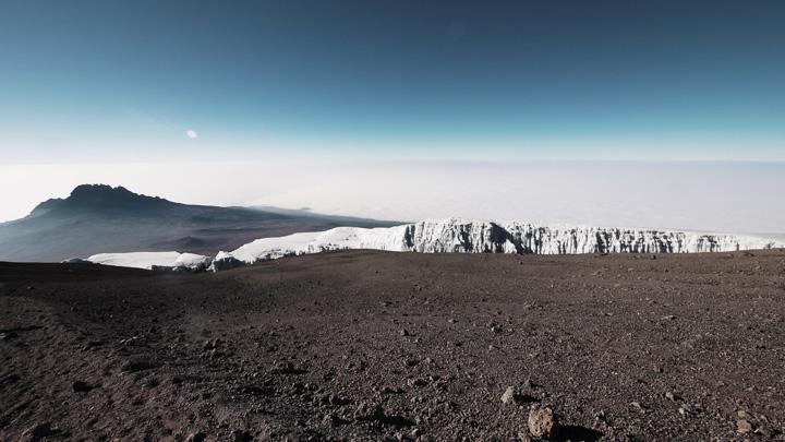 Uhuru Peak @ Kilimanjaro