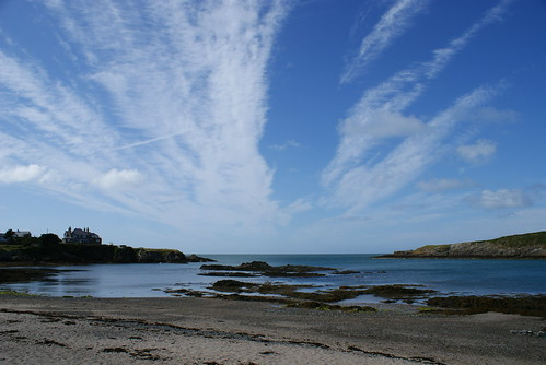 Cemaes Bay by slingpool