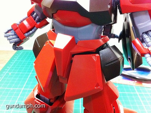 MG Rick Dias Quattro Custom RED Review OOB Build (41)
