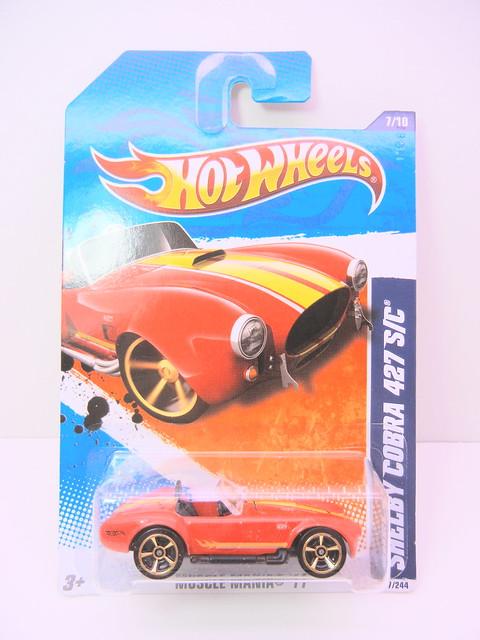 hot wheels shelby cobra 427 sc red (1)
