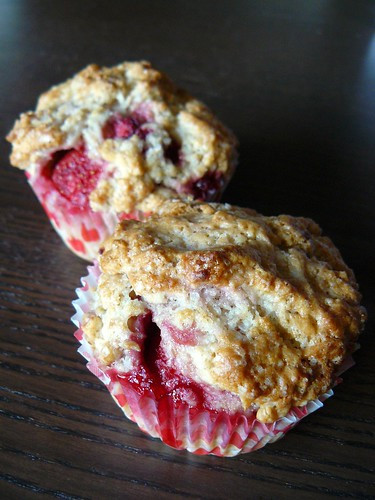Bakery-Style Berry Muffins