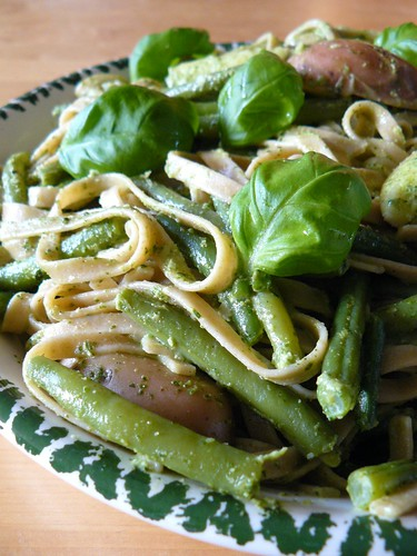 Tagliatelle with green beans, potatoes, and pesto