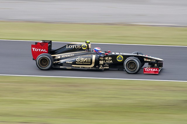 Vitaly Petrov Lotus Renault