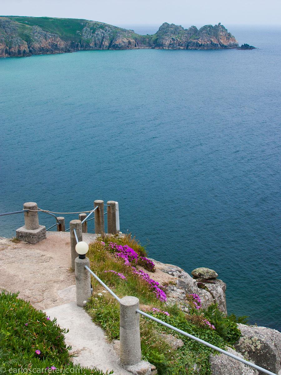 La costa desde el Teatro Minack en Porthcurno