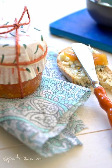 Composta di frutta speziata alla senape