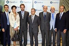 Paulino Rivero se reúne con Exceltur y empresa...