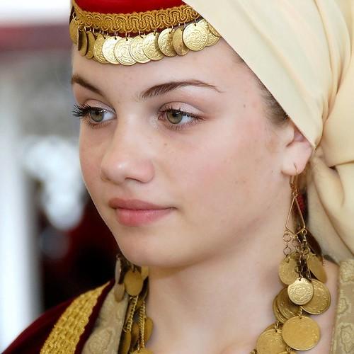 صور بنات اليونان المثيرة جداَ 2016