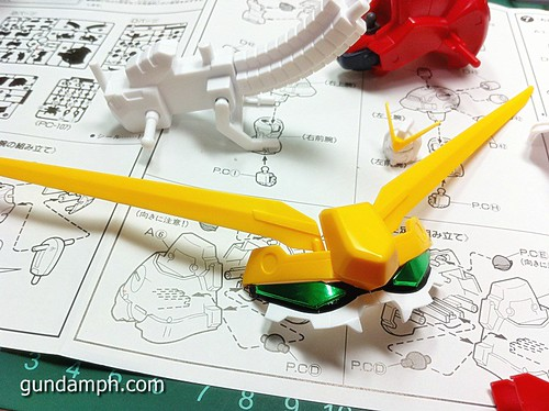 1 144 Devil Gundam Review OOB Build (19)