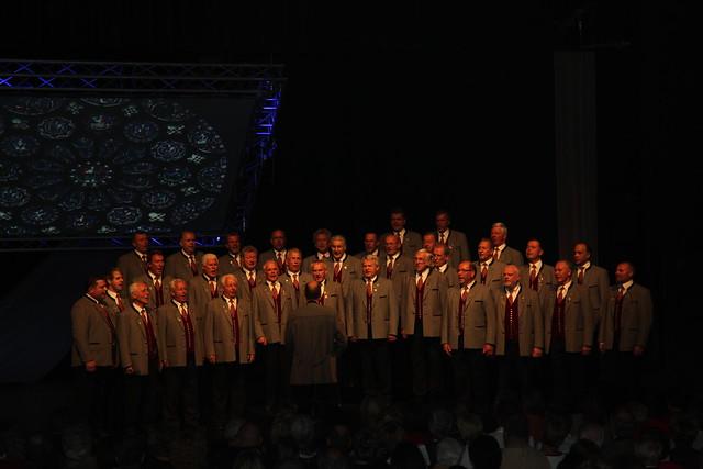 Der jubilierende Chor - Sängerrunde Fellach Oberdörfer