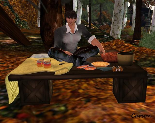 BoatHouse - Autumn Living Table