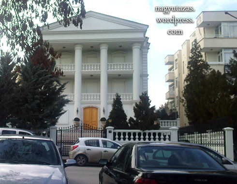 A volt török miniszterelnök kúriája