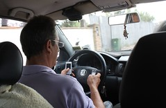 Double-texting taxi driver