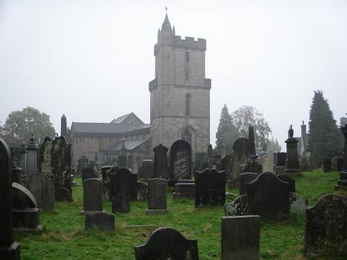 CRÓNICA - Día 3: Reino Unido (Escocia: Glasgow con Ayuntamiento, Catedral, Necrópolis, etc. Stirling con Jardín Real, Castillo, Cementerio, etc. Edimburgo con Mary King's Close, etc).