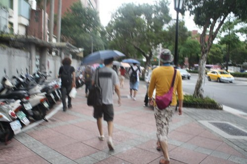 [台湾2.5] 台北の街はあいにくの雨