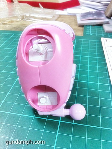 144 HG GB Pink Bearguy Gundam Expo Limited Edition (15)