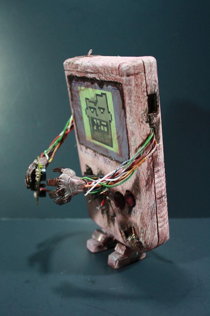 Kodykoala's Custom Zombie Gameboy