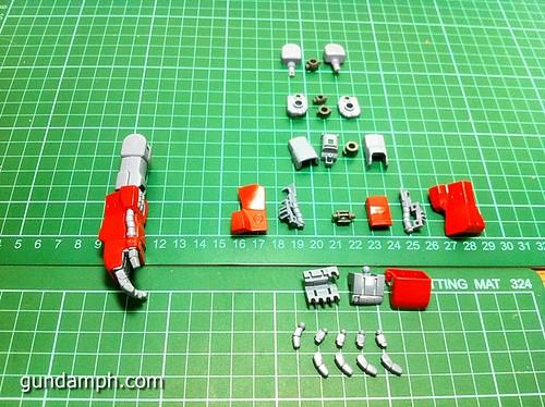 MG Rick Dias Quattro Custom RED Review OOB Build (19)