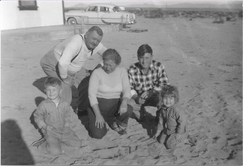 McTEER_Thomas STRONG, Harold P, Esther (KALKOPF), & Irvin McTEER & Patricia D STRONG_29Palms, CA late 1950s_300dpi_scan0026