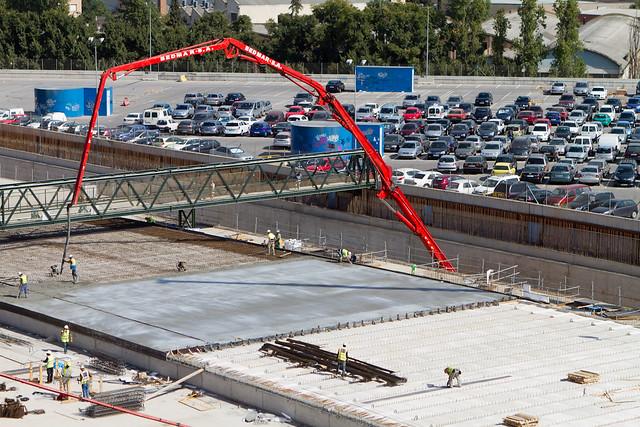 Triangle ferroviari - Hormigonando losa bajo pasarela de peatones - 21-09-11