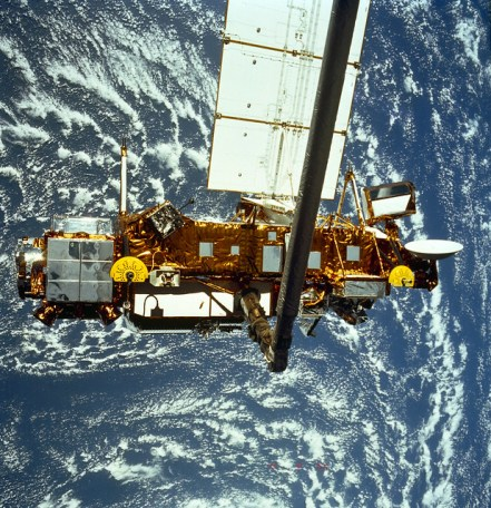 Upper Atmosphere Research Satellite (UARS) orbits the Earth