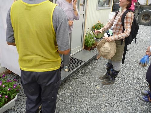 陸長砂仮設団地(高田高校第二グラウンド), 前高田市高田町でボランティア, 「手を貸すぜ 東北」レーベン号 Volunteer at Rikuzentakata, Iwate pref. Deeply Affected Area by the Tsunami of Japan Earthquake