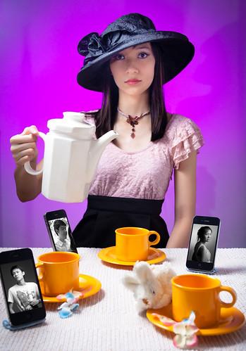 Meeting up - A Keitai Tea Party
