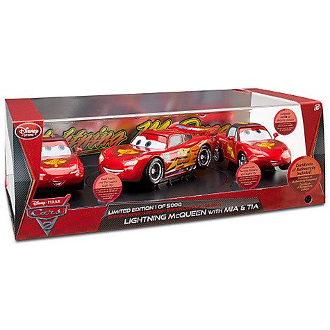disney store cars 2 lightning mcqueen mia and tia exclusive set (2)